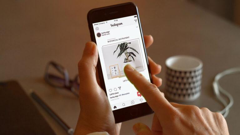 socialmedia_mobile_mockup_9